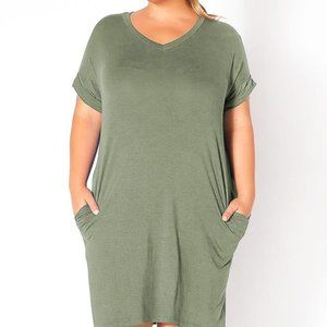 Plus Size Round Neck T-Shirt Dress With Pockets